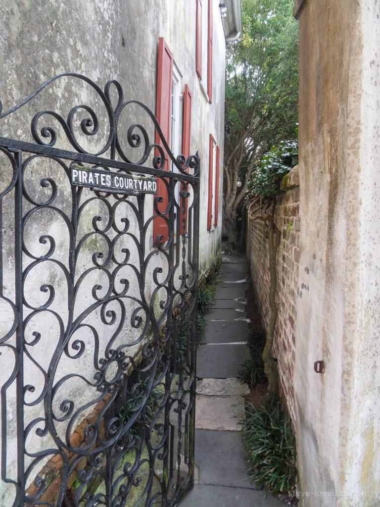 Charleston Alleys 05