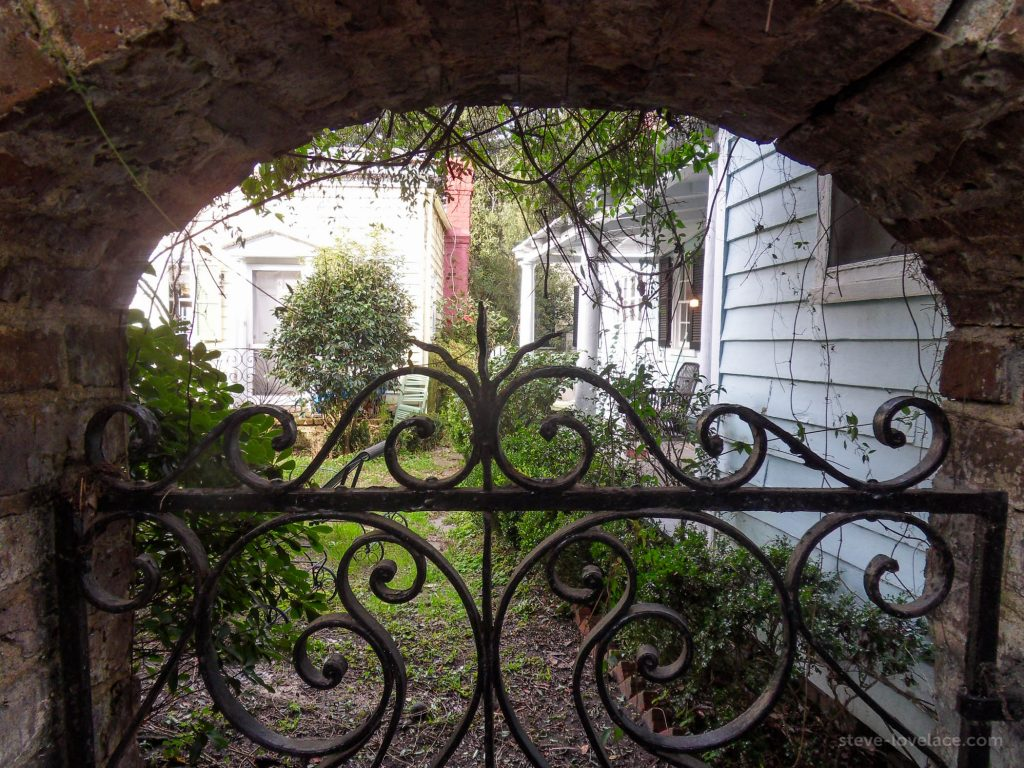 Charleston Alleys 08